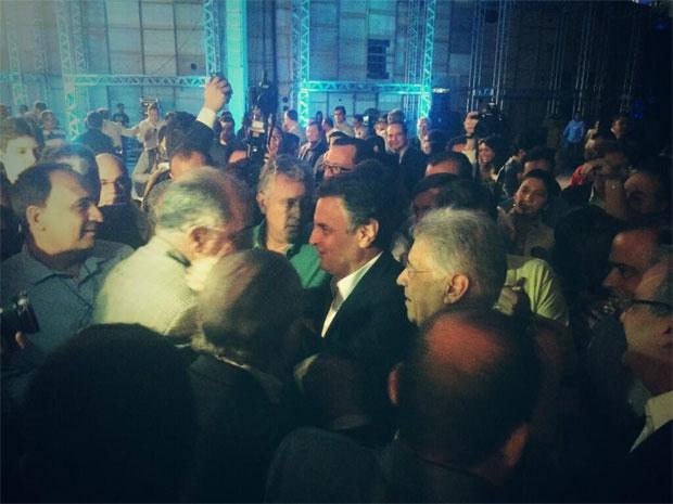 A�cio Neves chegou � conven��o do PSDB acompanhado do ex-presidente Fernando Henrique Cardoso - Foto: Reprodu��o/PSDB (Foto: Reprodu��o/PSDB)
