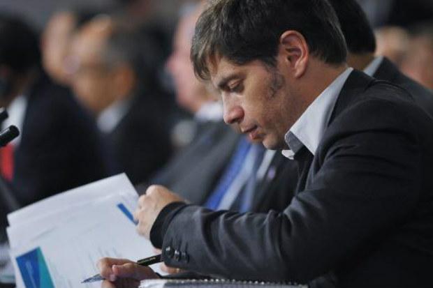 O ministro da Economia da Argentina, Axel Kicillof, durante reuni�o na sede do FMI, em Washington, em 10 de abril � AFP/Arquivos Mandel Ngan
