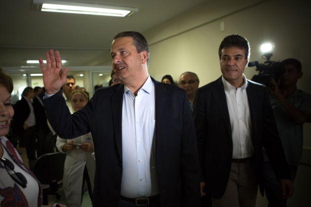 Eduardo Campos visitou o Hospital do C�ncer em Londrina ao lado de Beto Richa, candidato � reelei��o pelo governo do Paran�. Foto: Alexandre Severo/ Divulga��o