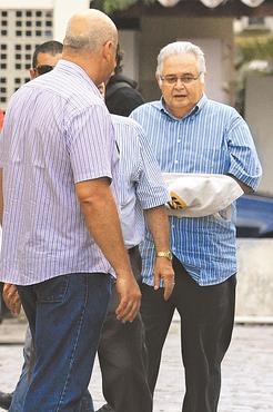 Ex-deputado estava trabalhando em uma cl�nica. Foto: Annaclarice Almeida/DP/D.A. Press