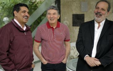 Jer�nimo Gadelha (centro) declarou apoio a Jo�o Paulo e Armando. Foto: L�o Caldas/divulga��o. (Jer�nimo Gadelha (centro) declarou apoio a Jo�o Paulo e Armando. Foto: L�o Caldas/divulga��o.)