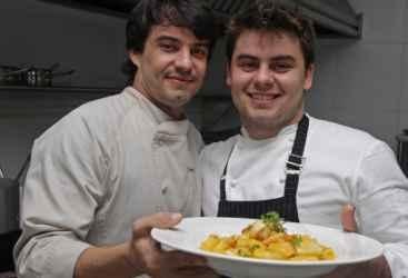 Para Hugo e J�lio Prouvot, s�cios do Prouvot, objetivo � oferecer um produto gostoso com pre�o justo. Foto: Roberto Ramos/DP/D.A Press