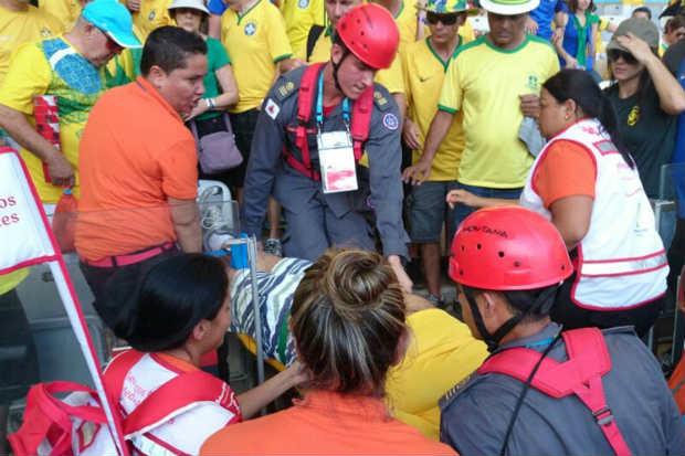Jairo de Oliveira, 69 anos, chegou a ser removido para um hospital, mas morreu de enfarte cerca de duas horas depois do fim da partida. Foto: Estado de Minas.