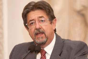 O deputado Augusto C�sar (PTB) criticou a postura do colega de Casa Waldemar Borges (PSB) chamando de