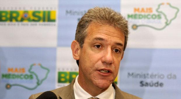 O ministro Arhur Chioro fez balan�o positivo do programa. Foto: Ramon Lisboa/EM/D.A. Press