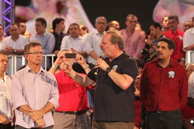 Conven��o de Armando foi realizada em Caruaru ao lado de lideran�as petistas. Foto: Allan Torres/DP/D.A. Press