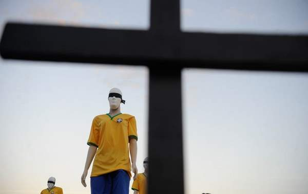 Viola��es de direitos humanos s�o denunciadas. Foto: T�nia R�go/ Ag�ncia Brasil