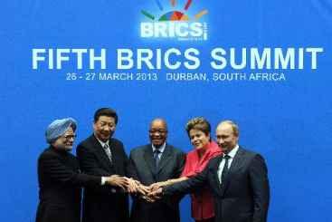 L�deres do BRICS s�o vistos juntos durante c�pula em Durban, em 27 de mar�o de 2013. Foto: � AFP/Arquivos Alexander Joe (L�deres do BRICS s�o vistos juntos durante c�pula em Durban, em 27 de mar�o de 2013. Foto: � AFP/Arquivos Alexander Joe)