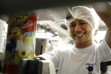 Arelissandra entrou na PepsiCo em 2005 e usa os conhecimentos em casa. Foto: Blenda Souto Maior/DP/D.A Press