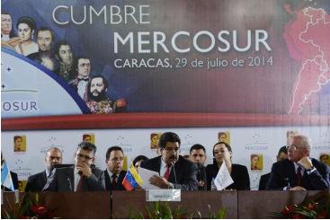Nicolas Maduro, presidente da Venezuela, faz discurso durante a c�pula do Mercosul em Caracas, em 29 de julho de 2014. Foto: � AFP/LEO RAMIREZ (Nicolas Maduro, presidente da Venezuela, faz discurso durante a c�pula do Mercosul em Caracas, em 29 de julho de 2014. Foto: � AFP/LEO RAMIREZ)