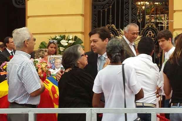Prefeito do Recife Geraldo Julio presta sua homenagem a Eduardo Campos. Foto: Ana Luiza Machado/DP/DA Press