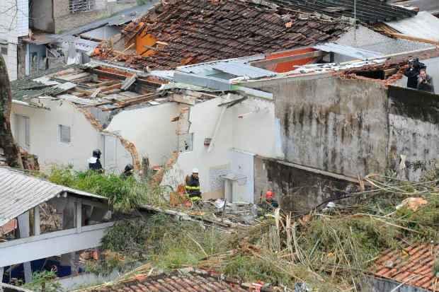 As investiga��es est�o na fase de coleta de depoimentos de testemunhas e parentes das v�timas. Foto: T�nia R�go/Ag�ncia Brasil (T�nia R�go/Ag�ncia Brasil)
