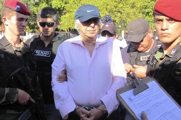 Condenado por estupros cometidos contra pacientes, o m�dico Roger Abdelmassih foi preso em Assun��o, no Paraguai. Foto: Senad/AFP Photo