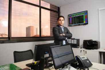 Ed�sio Neto lembra que sempre � preciso prestar contas � Receita Federal. Foto: Guilherme Ver�ssimo/Esp. DP/DA Press
