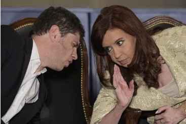 Cristina Kirchner e seu ministro da economia, Axel Kicilof, em 20 de agosto de 2014. Foto: � AFP/Arquivos/JUAN MABROMATA (Cristina Kirchner e seu ministro da economia, Axel Kicilof, em 20 de agosto de 2014. Foto: � AFP/Arquivos/JUAN MABROMATA)