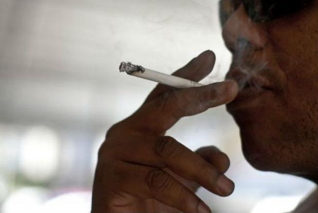 Maioria dos fumantes n�o consegue largar o cigarro, mesmo ap�s receber diagn�stico de doen�a Arquivo/Marcello Casal Jr/Ag�ncia Brasil