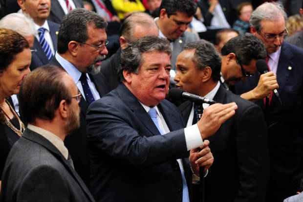 Deputado federal � um dos principais aliados de Armando Monteiro no estado. Ele integra a base aliada da presidente Dilma Rousseff (PT). (Foto: Gustavo Lima / C�mara dos Deputados)