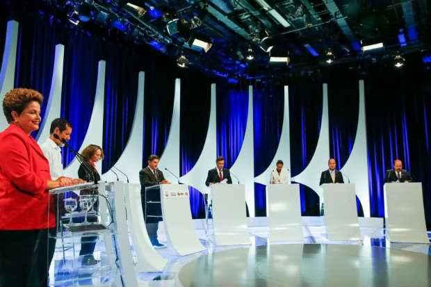 Os sete candidatos a presidente da Rep�blica participaram ontem do debate transmitido pelo SBT/Alterosa. Foto: Ichiro Guerra/Dilma 13 (Ichiro Guerra/Dilma 13)