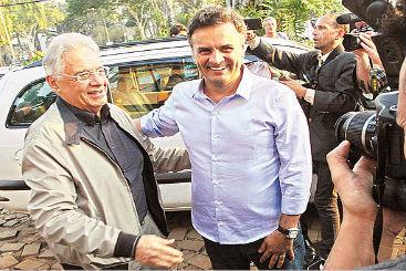 Fernando Henrique e A�cio: candidato do PSDB define Marina Silva como uma