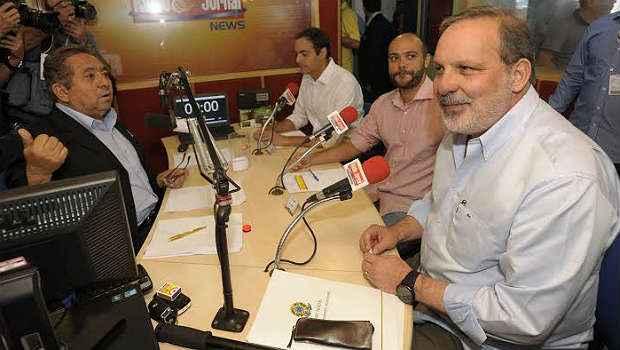 Armando, Z� Gomes e Paulo C�mara participaram de novo debate em Caruaru (Leo Caldas/Divulga��o)