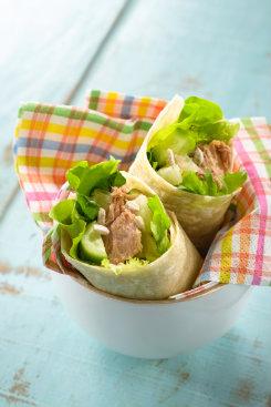 Além das saladas, o wrap também leva atum. Foto: Salad/Divulgação