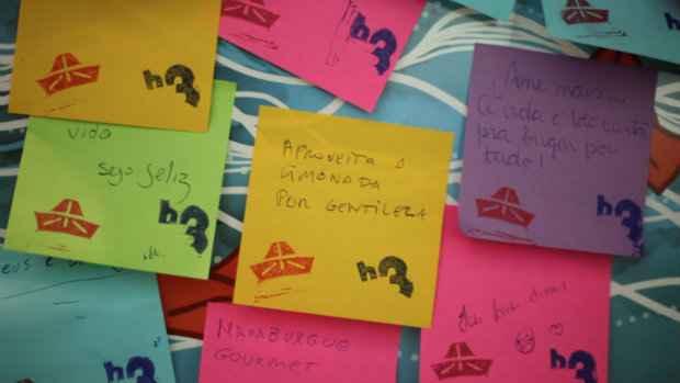 Ao terminar o pedido, os clientes vão ganhar post its para deixar seus recados. Foto: Pavio/Divulgação