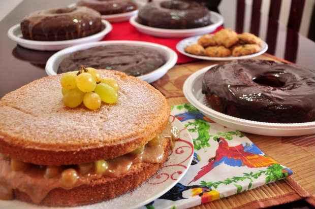 Os kits natalinos podem ter bolo de colher e cookies. . Foto: Instagram/Reprodução