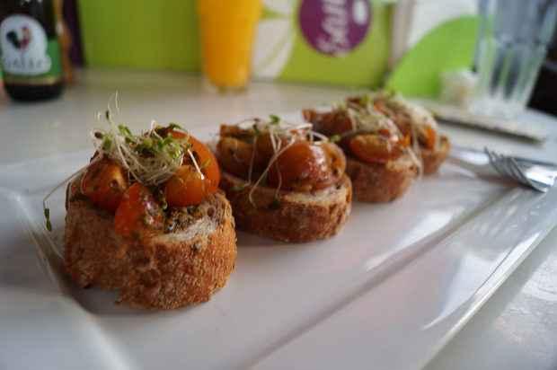 No Sane, é possível adaptar a porção dos pratos para as confraternizações. Foto: Breno Lopes/Divulgação