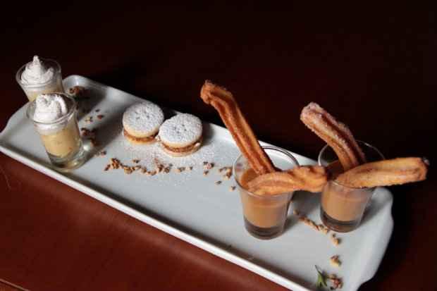 Sobremesa Saboreo Dulce com três opções doces. Foto: Roberto Ramos/DP/D.A Press