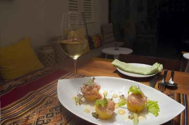 O menu deste mês foi elaborado em conjunto com o chef Alexandre Gimenez. Foto: Júpiter/Divulgação