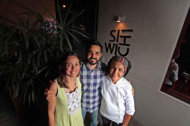 O Siwichi, tocado pela família peruana Bresani, já funciona há um ano no bairro das Graças. Foto: Roberto Ramos/DP/D. A Press