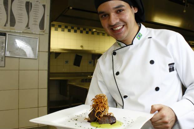 Entre os assuntos abordados, estão cozinha quente e ambientação. Foto: Paulo Paiva/Esp. DP/D.A Press
