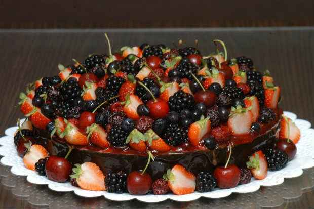 As mais comuns em terras tropicais são: a cereja, que não é berry, mas é cherry, as amoras, blackberries, as framboesas, raspberries, e os mirtilos, blueberries. Foto: Evandro Matheus/Esp. CB/D.A Press