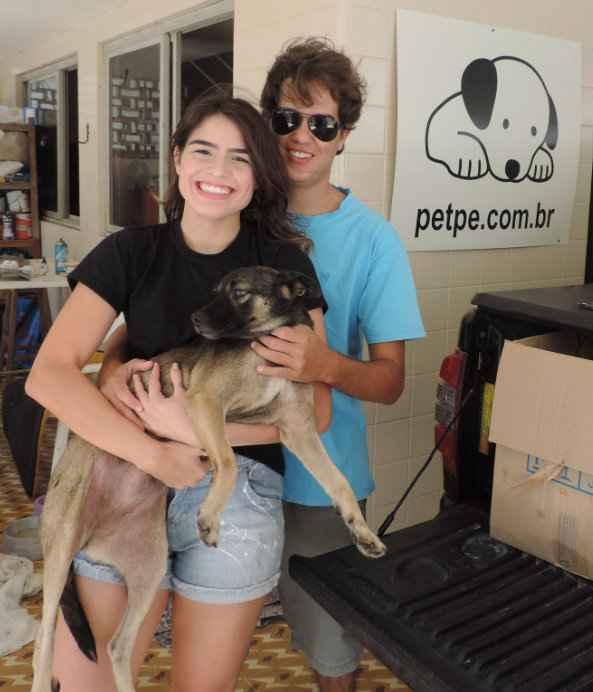 Manuela e Pedro estão juntos na causa da defesa dos animais. Foto: Arquivo pessoal