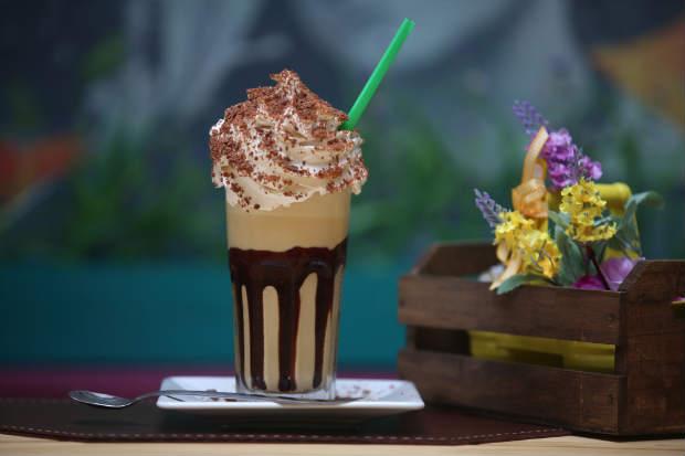 Lala Café, no Espinheiro, aposta no charme para apresentar os drinques. Foto: Teresa Maia/DP/D.A Press