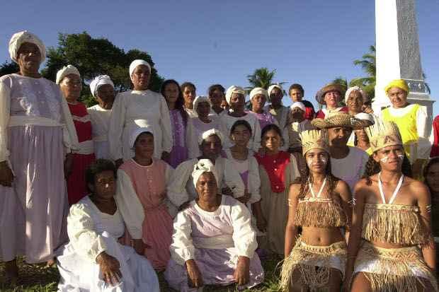 Grupo de mulheres homenageia as heroínas de Tejucupapo. Foto: Gil Vicente/DP/D.A Press