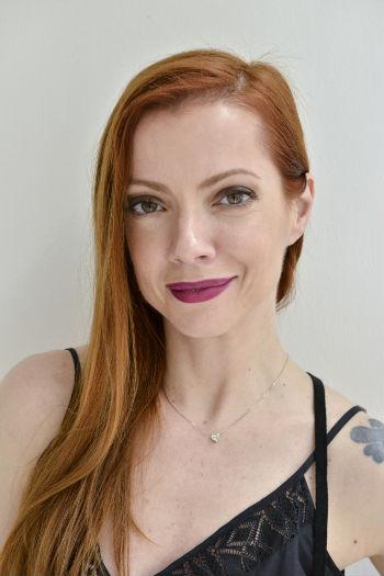 Julia tem 42 anos e também atua como produtora musical. Foto: João Sal/Divulgação