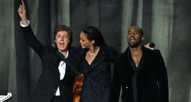 Paul McCartney, Rihanna e Kanye West durante apresentação no Grammy, em Los Angeles. Foto: Reprodução