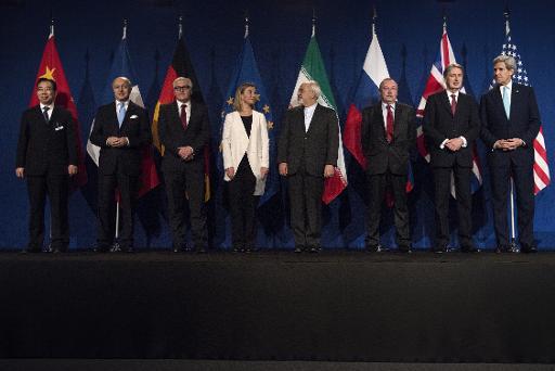 Os representantes das potências grupo 5 1 (Estados Unidos, China, Rússia, França, Reino Unido e Alemanha) e o ministro iraniano das Relações Exteriores após o acordo-quadro alcançado sobre o programa nuclear de Teerã, em Lausane. Foto: POOL/AFP/Arquivos BRENDAN SMIALOWSKI