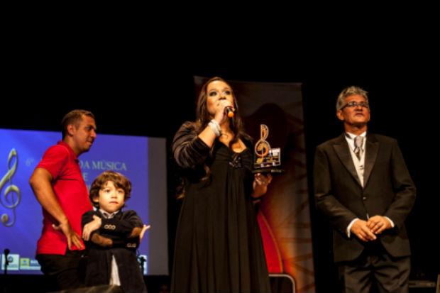 Cantora mencionou o pai durante discurso. Fot: Ashlley Melo/Lumi Comunicação/Divulgação
