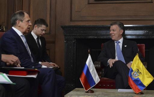 Presidente colombiano Juan Manuel Santos durante reunião com o chanceler russo Serguei Lavrov. Foto:PRESIDENCIA/AFP CESAR CARRION