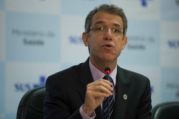 Ministro da Saúde Arthur Chioro comenta os resultados do Mais Médicos. (Foto: Marcelo Camargo/Agência Brasil)