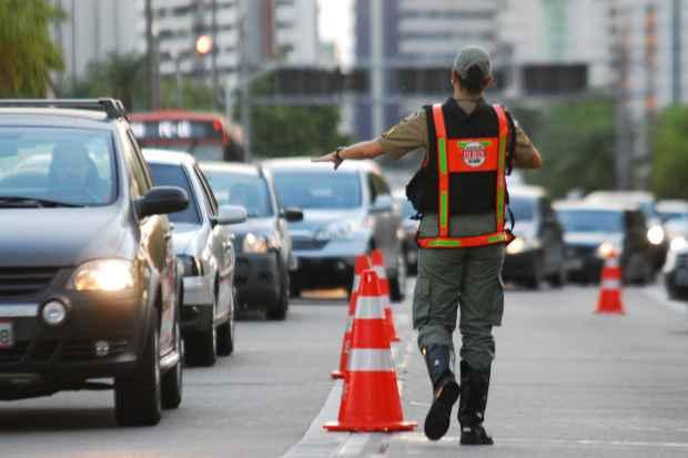 A boa notícia é que o número de motoristas flagrados bêbados caiu no estado. Foto: Paulo Paiva/Esp. DP/D.A Press
