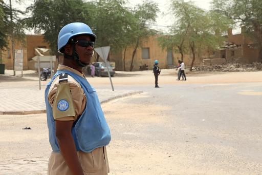 Um soldado da MINUSMA é visto em Timbuktu, Mali, no dia 8 de abril de 2015. Foto: AFP/Arquivos Sebastien RIEUSSEC