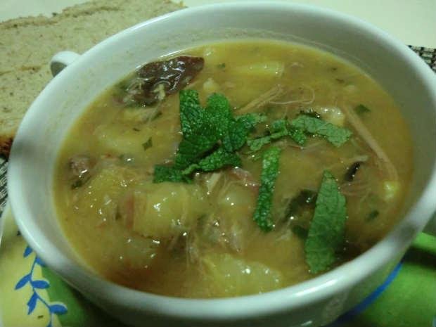 Sopa de macaxeira promete fazer sucesso. Foto: Delícias da Prazeres/ Divulgação