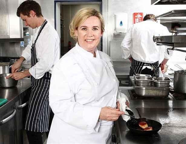 A chef já participou do júri do reality Top chef francês. Foto: Facebook/ Reprodução