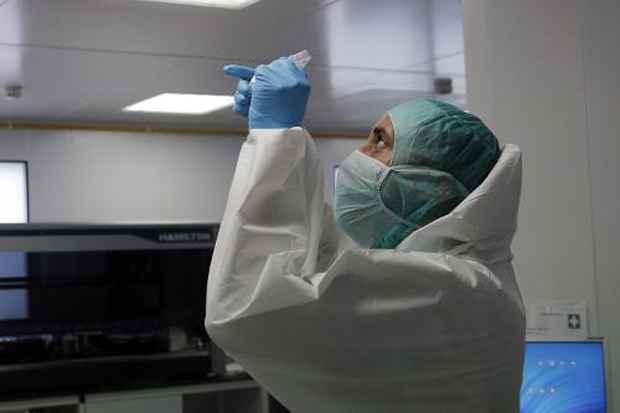 A Guarda Civil espanhola revelou nesta sexta-feira ter encontrado restos de DNA de uma argentina desaparecida perto de Madri desde o início de abril em um triturador de carne. Foto: Christophe Ena/Pool/AFP