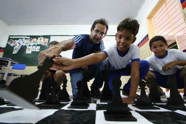 Sistema utilizado há cinco anos por Pedro Botelho capta a atenção dos alunos e intensifica o aprendizado. Foto: Paulo Paiva/DP/D.A Press
