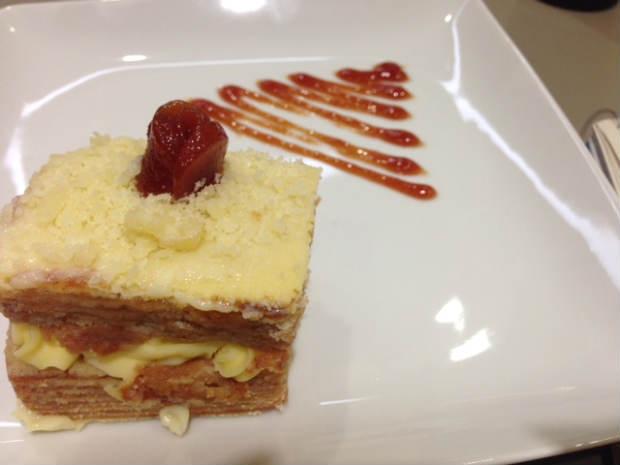 Bolo de rolo também faz parte do menu do Café Trieste. Foto: Mirella Monteiro