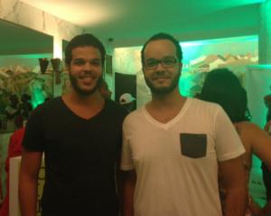 Os irmãos Salomão e Samuel têm opiniões distintas sobre a mudança de endereço do Cine PE. Foto: Luiza Maia/DP/D.A. Press
